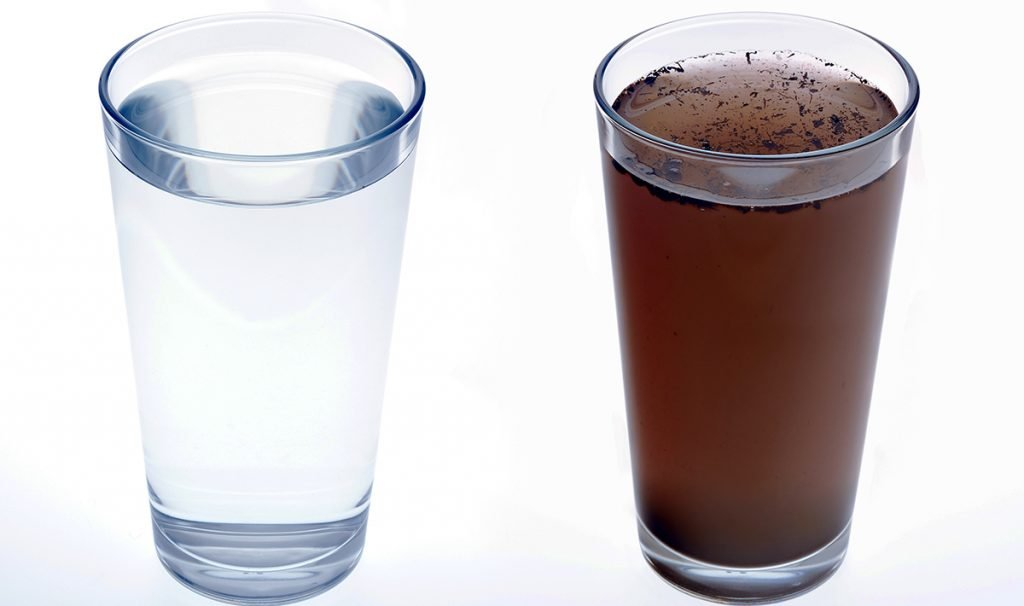 Tap water in Mexico City water (Left), Flint, Michigan (Right)