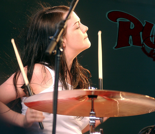 Former White Stripes drummer Meg White to replace Rush's ailing Neil Peart on drums for their upcoming tour.