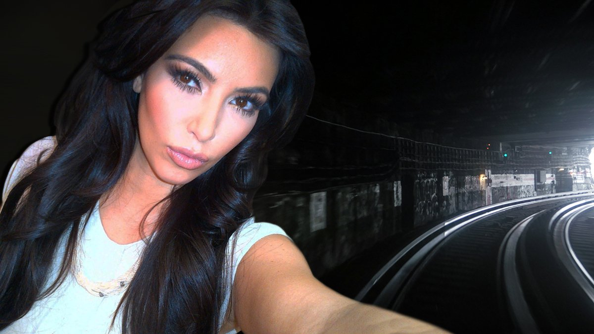 Screen capture of Kim Kardashian in the now-famous Dresden tunnel episode of Selfies with the Kardashians.