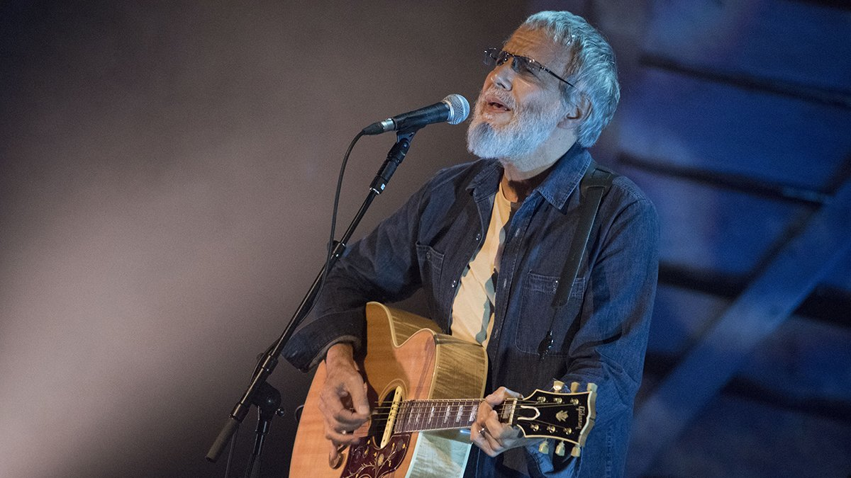 The passing of Cat Stevens today had nothing to do with Hillary Clinton.