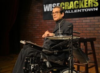 Conservative columnist and Fox News commentator Charles Krauthammer bombed last night in fist first and only attempt at stand-up comedy.