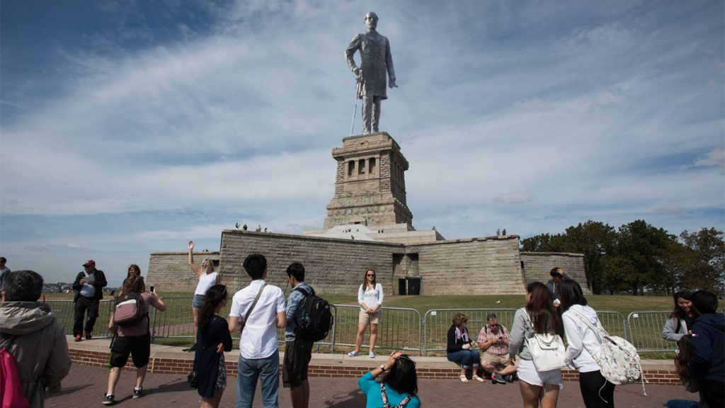 The Virgina-based patriot group APART has plans to replace the Statue of Liberty with a large monument of General Robert E. Lee.